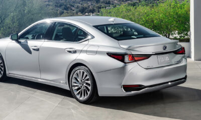 Facelifted Lexus ES Luxury Sedan Launched at Rs 56.65 Lakh in India